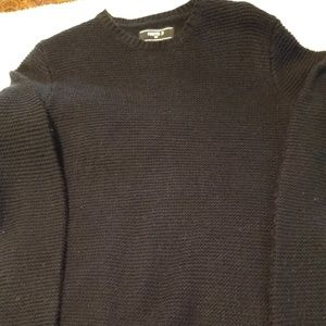 Men's Forever 21 Black Knit Sweater.